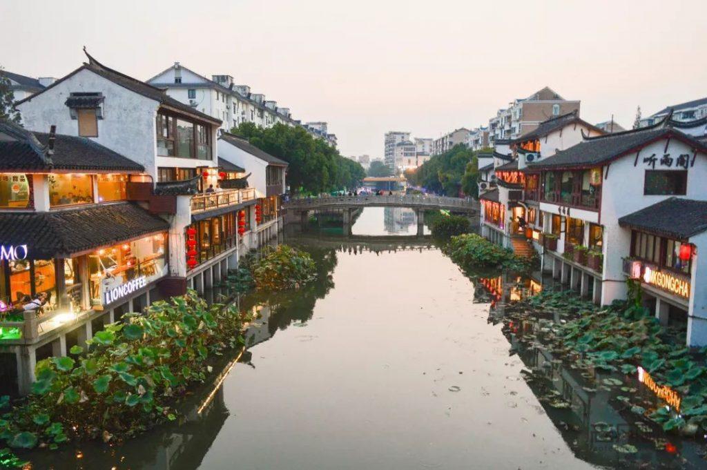 qi bao old street