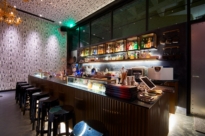 6.	Blackstone Magic Bar